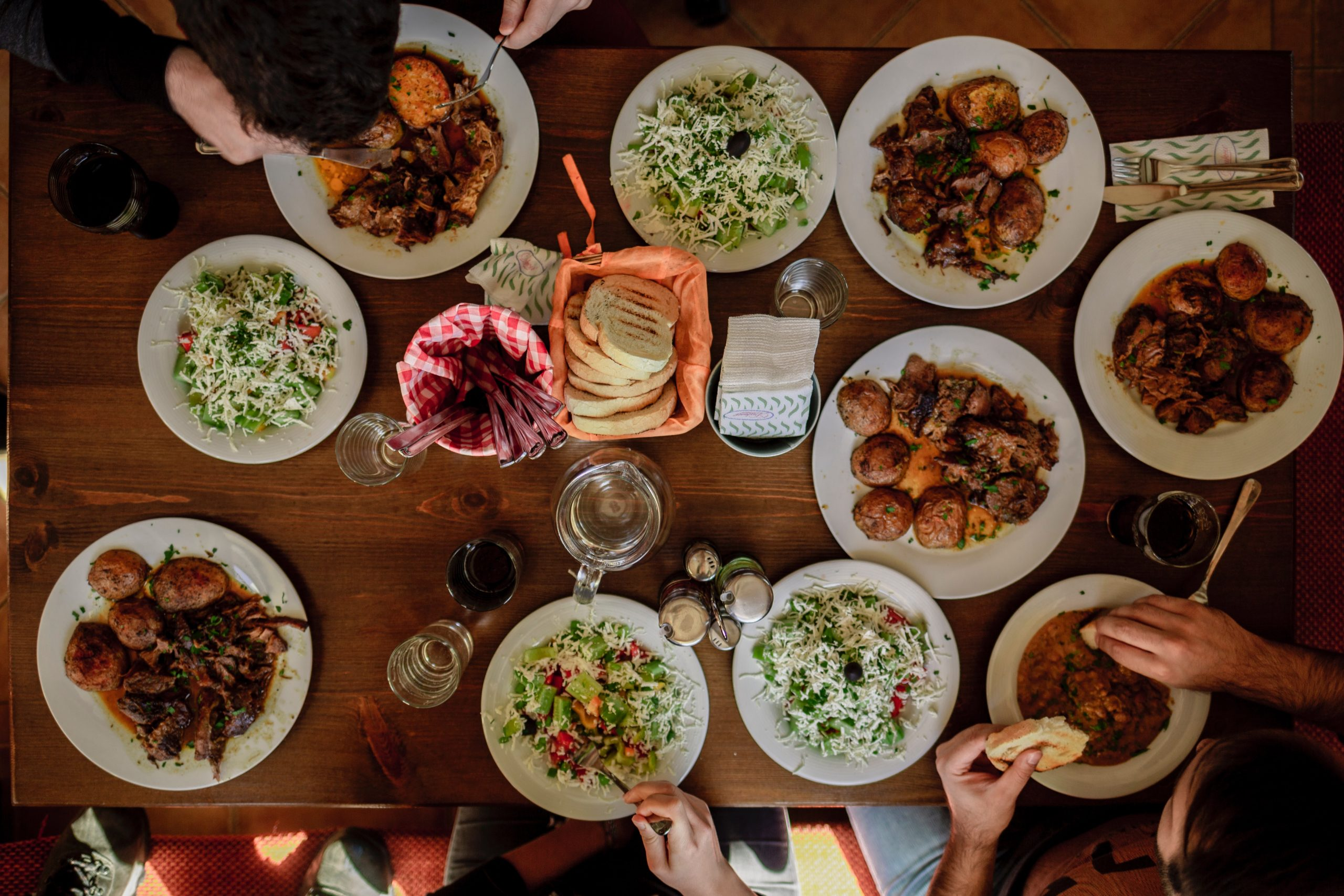 Potluck Dinner Service